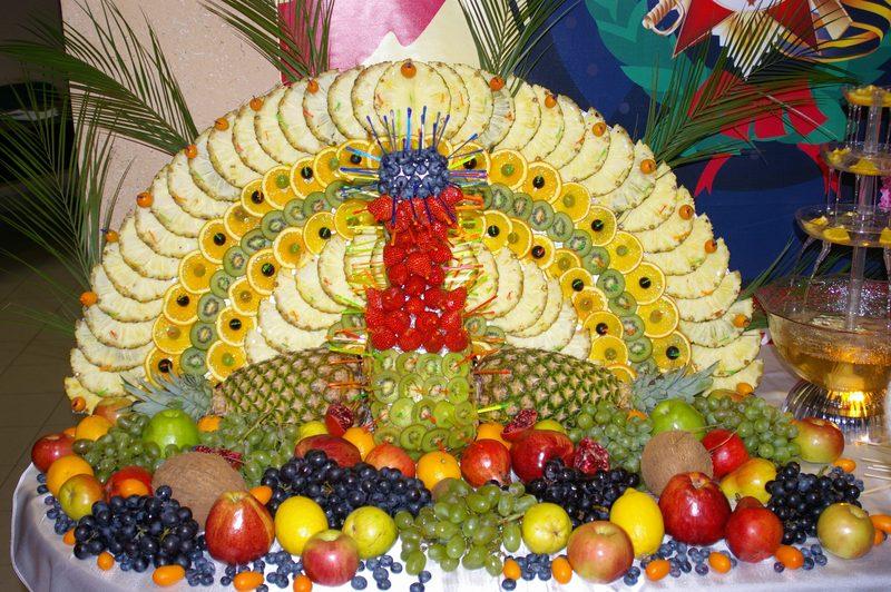 Гавайские праздники. Гавайская вечеринка. Гавайская магия. Гаваи ( кухня, танцы, мода ). - Страница 3 F20110211174922-bolishoj-fruktovyj-pavlin