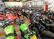 Широкий выбор аварийных мотоциклов,  скутеров,  АТV