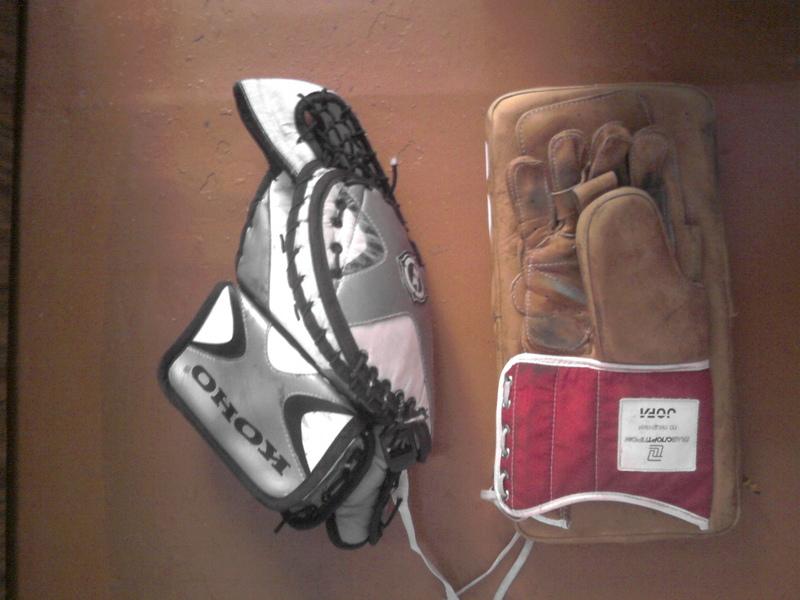 Как сделать вратарские хоккейные щитки в домашних условиях