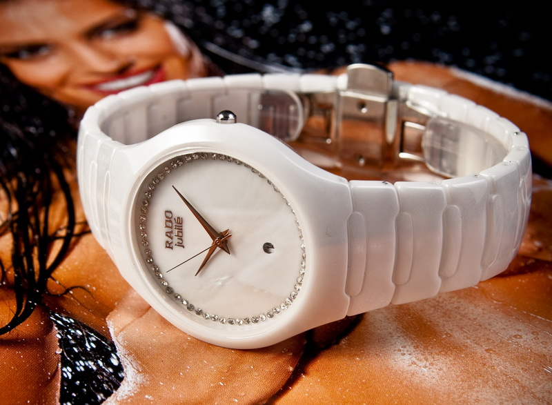 Женские часы радо белые