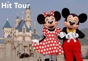 Парк Disney Land в Париже на осенних каникулах.