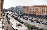Однокомнатная квартира возле Октябрьской площади в аренду посуточно. +375 296 180 111