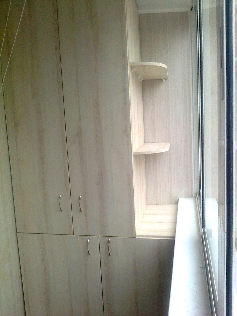 Встроенный шкаф из дсп,распашные створки материалы для ремон.