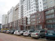 Двухкомнатная с отличным ремонтом рядом с метро (пр-т Дзержинского,  9)