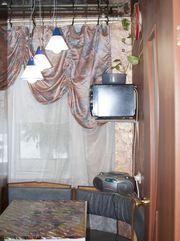 двухкомнатная с хорошим ремонтом рядом с метро (ул. Пермская,  48)