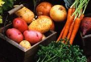 Свекла,  картофель,  морковь,  лук. Овощи. Бесплатная доставка до квартиры. Бесплатная доставка,  доносим до квартиры.