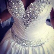 Производство свадебных платьев со свадебным салоном