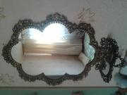 Зеркало овальное с оправой под бронзу с полочкой