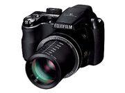 фотокамера FUJIFILM S4000