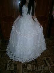 Свадебное платье необычной красоты р- р 46-48