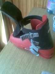 горнолыжные ботинки 41-42