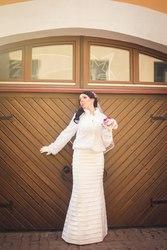 Продам свадебное платье недорого,  цвет айвори +жакет