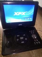DVD-плеер портативный XPX EA-1028 новый
