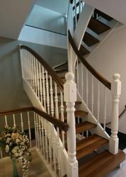 Лестница из дуба. Гарантия качества. Монтаж без пыли. Звоните