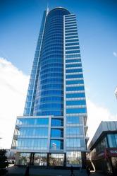 Продается 2 офиса в БЦ Роял Плаза 178мктров и 266 м2 на 20 этаже