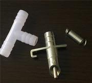 Ниппельные поилки металлические для кролика. Ниппеля ремкомплект в ПОД