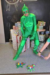 Реквизит для праздников из Украны. Карнавальные костюмы пошив.