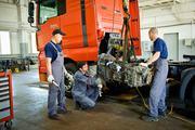 Ремонт и замена двигателя и коробки у грузового транспорта