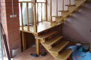 Деревянные лестницы под ключ,  по эскизам