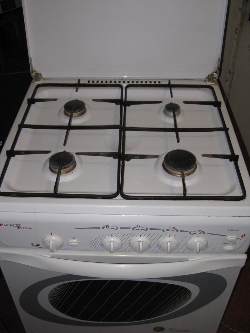 Газовая плита б у продается недорого